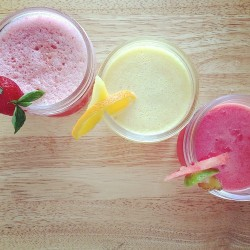 food want drinks eat fruits healthy foodporn milkshake lemon smoothies straweberry
