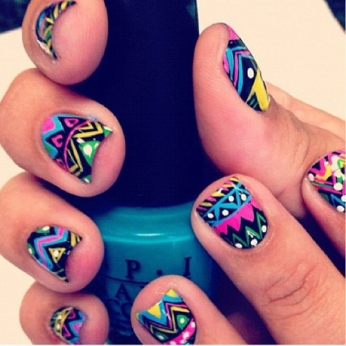 Cute Aztec nails  #aztec #design #nails #nailart #nailartclub #cute #pretty #trend #boho #cool #fashion #igstyle #igfashion #style