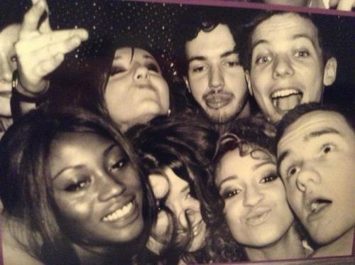 peazerholic:  Danielle, Liam, Louis, and Eleanor on New Year's Eve, still so cute :)