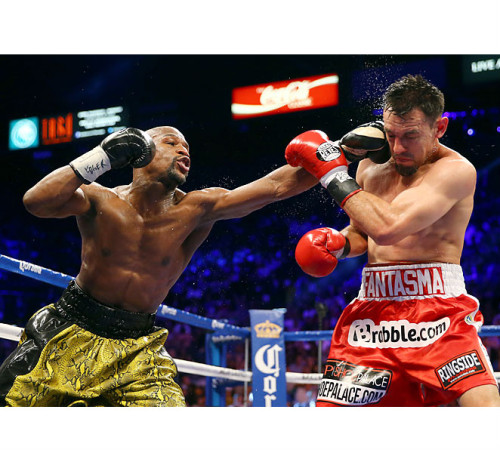 Floyd Mayweather romps Robert Guerrero to keep welterweight belt