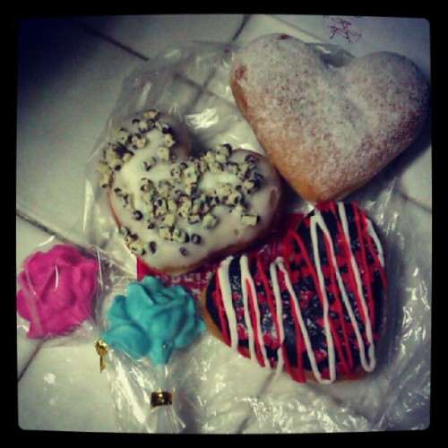 Happy heart's day surprises..<3..thank you sa mga sponsor.. #sugaroverload #tam.is #kalipay