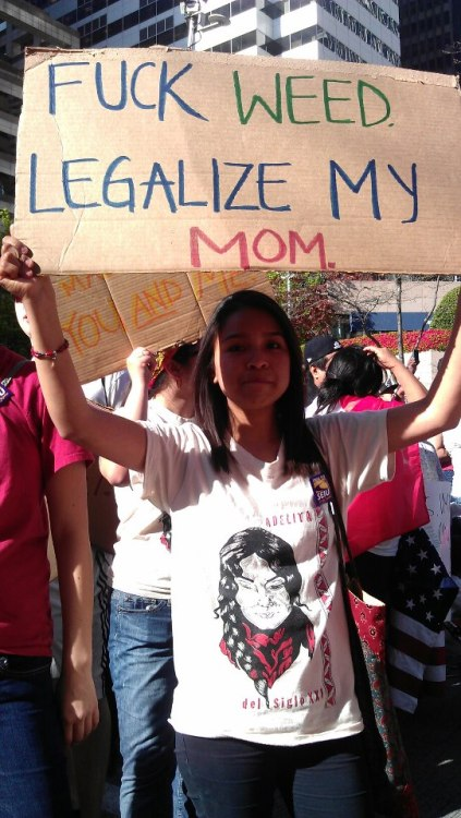xoxoblanka:  immigrantstories:  From Occupy Seattle   They can legalize drugs but not hard workers trying to make something better for themselves!