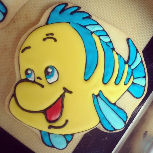 Flounder cookies done today at my job aka @alissweettreats ! The Disney in me just HAD to take a picture of these. They came out so cute. :) #Disney #disneygram #alissweettreats #cookie #tlm