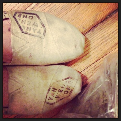 CUSTOM #YAHWEHone #TOMS #SLIPPERS #instalove #instamood  (at NUNYABIZNEZ)