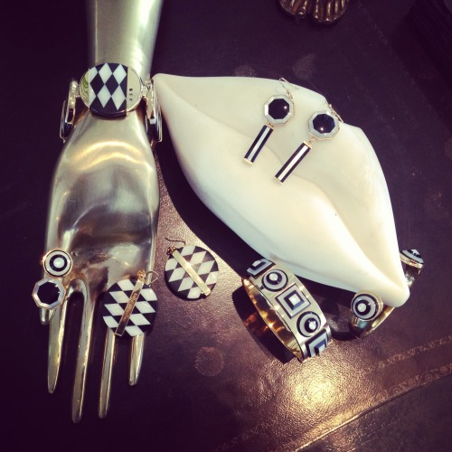 cool graphic black and white Kelly Wearstler jewelry for Fall 2013 via @MDuenasJacobs
