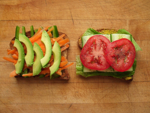 garden-of-vegan:  sprouted grain bread, green pepper, carrot, avocado, tomato, cucumber, romaine lettuce, mustard, salt, and pepper