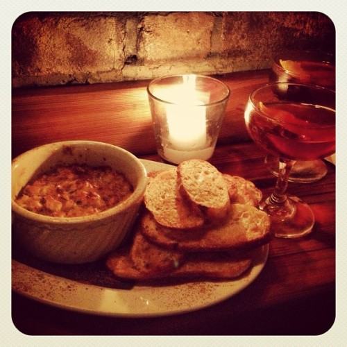 Crab dip & whiskey libations  @ Mother's Ruin.  (at Mother's Ruin)