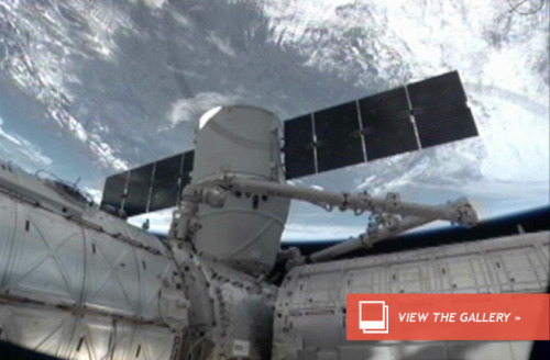 Space Station Berths a Dragon, Again At 5:31 am EST Sunday morning, International Space Station astronauts guided the Canadarm2 robotic arm to an earlier-than-scheduled grappling maneuver with the SpaceX Dragon capsule. The grapple was scheduled for 6:31 am ET. At 8:56 am EST, the robotic arm guided the capsule for installation onto the Earth-facing port of the space station's Harmony module. Read more Awesome news!