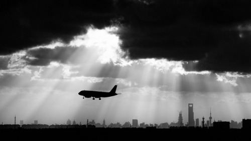 Departing Shanghai by jl2550 on Flickr.