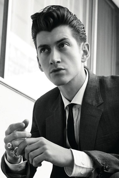 4rcticmonkey:  if you dont find alex turner attractive there's something wrong with you