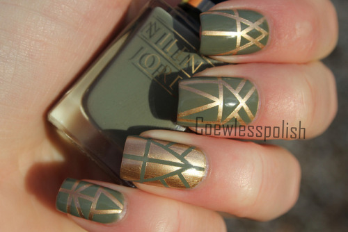 Aztec striping tape mani on Flickr.I love this!www.coewlesspolish.wordpress.com