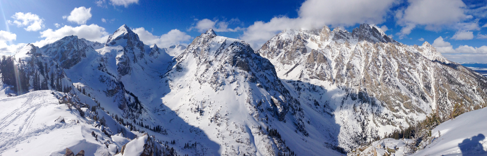 Panoramas from avalanche training in Grand Teton National Park with the Starting Six Ski Blog crew are up on 500px: http://500px.com/chadlawlis/sets/jackson_hole_13.  Taken with iPhone 5, cleaned up in Lightroom. More shots from the trip on the way.