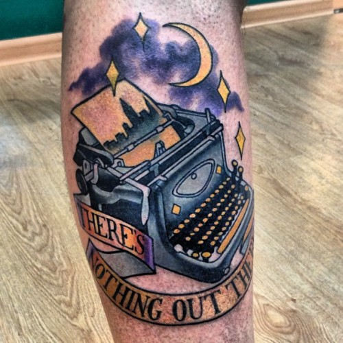 There's nothing out there  #barrymoretattoo #lovelifetattoo #llt #typewriter #tattoo #tattoos #traditiontattoo #moon #star  #russia #moscow
