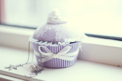 Lavender cupcake jewellery box.