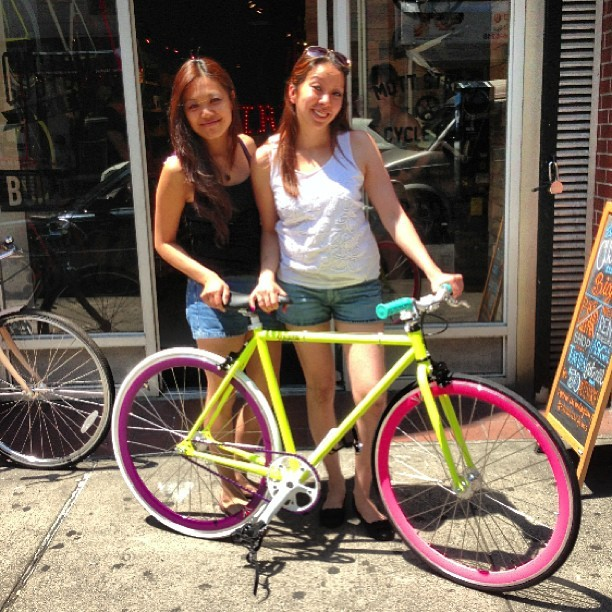 Christine picked up her bike with her friend #stradacustoms