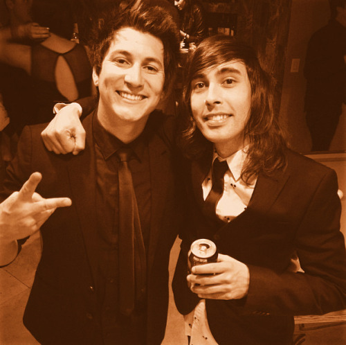 born-t0-lose:  Jaime Preciado And Vic Fuentes