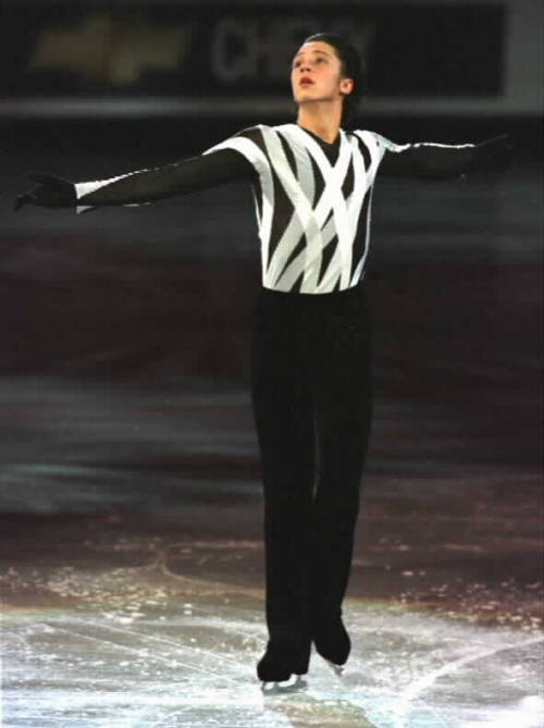 Johnny Weir skating to Imagine by John Lennon in the 2004 World Championships gala.