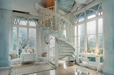 OMG I WANT! Its like a Palace