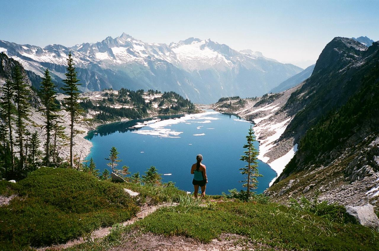 lostinthewhiteroom:  North Cascades National Park, August 2014 Flickr / Instagram