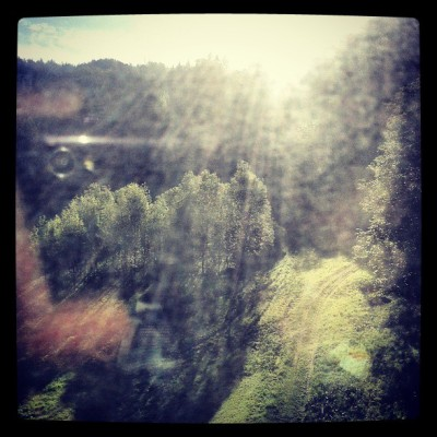 So sunny. #alpine #morning #austria #instasun #europe #suedbahn