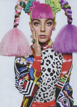 commedesfuckdwn:  My very beautiful friend Chloe Norgaard wearing a dope Jeremy Scott jumper in Miss Vogue…