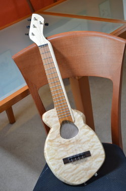 (via Iriguchi Ukulele - The Mutant by ~thehappyukulele on deviantART)