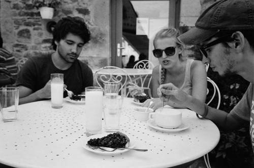 Team Cézallier: Gabriel, Nina, Joseph and the blueberry tart, France, 2012