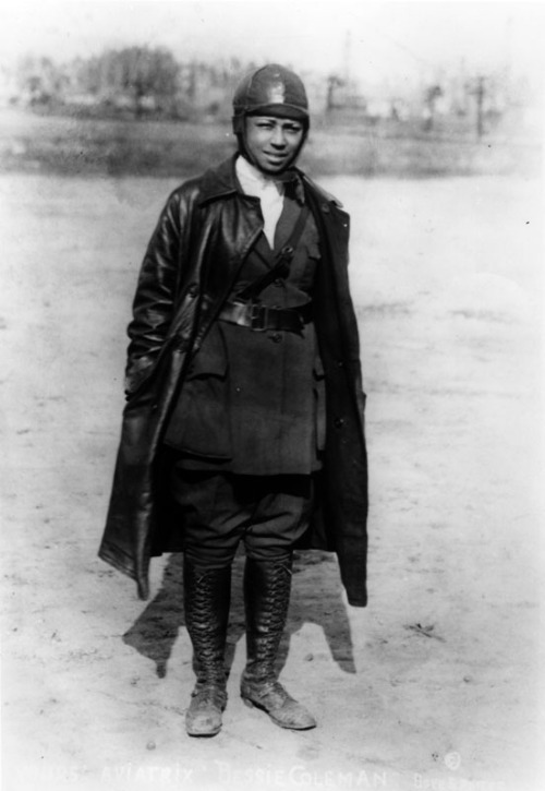 Bessie Coleman (1892-1926) was the first African American woman to earn an aviator's license.  Unable to find anyone willing to train a black woman to fly in the US, Bessie learned French so that she could learn to fly in France.  She was the first American of any race or gender to earn an international pilot's license.   Bessie died at age 34 during a test flight for an exhibition in Jacksonville, Florida. Bessie is profiled in a Smithsonian Channel documentary entitled Black Wings, which is airing this month.  An excerpt from the documentary can be seen here.  If you are interested in black female pilots, check out the novel Flygirl.