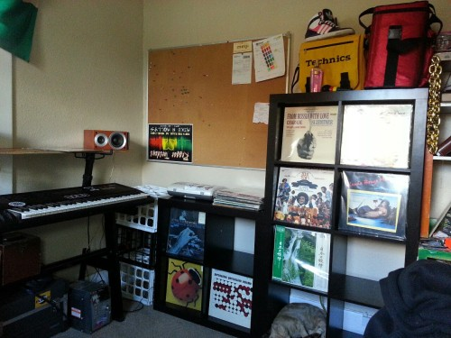 Getting sorted. Bit less shab in this business but don't watch that! =) Having proper record shelves.. Truth say kinda nice! I hate those posh hospital clean looking spots so much.. I was worried record shelves were gunna mess my vibe, but not at all!Once I cover em with stickerz (=<