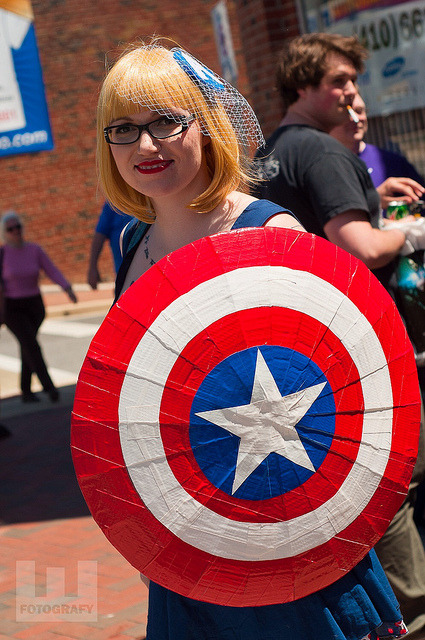 Free Comic Book Day 2013 @ Collector's Corner - Lady Captain America on Flickr.