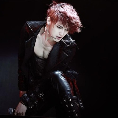 why.. why are you so perfect, uh?! #JYJ #jaejoong #TokioDome #vampire #bitch #perfect #hot