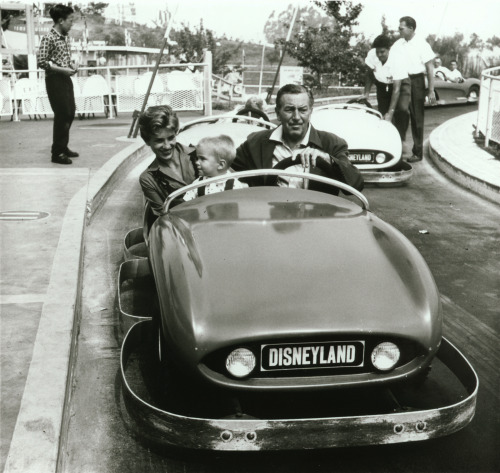 ifyouhadwings:  waltdisneydoingfunnythings:  Walt's cruisin' down Disneyland's Autopia….  #WaltDisneyDoingFunnyThings   me stealing yo girl