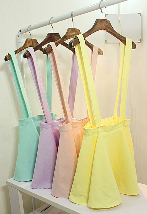 shop-cute:  Sweet Ice Cream Overall Dress (Choose Color) $28.00 You can remove the straps, as well. c:  these particular ones won't fit me but I want a suspender skirt