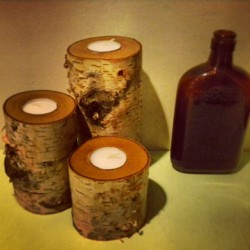 Handmade Norwegian Birch tea lights. A bunch of these will be for sale at the Spring Flea Market this Sunday in Astoria. EVERYTHING will be on sale. #norwegianbirch #tealight #woodcandle #fleamarket #astoria #thecuttingboardproject