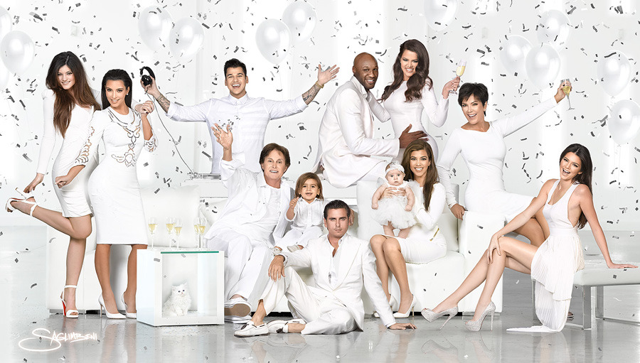 The Kardashian Kristmas Kard is here!