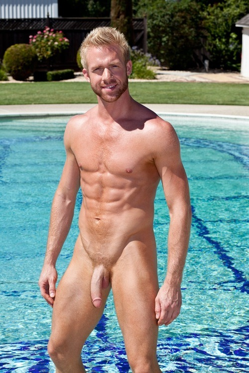 etneciv6272:See my tumblr, with more than 51,000!! photos and videos of hot men, more than 16,500!! followers hot.TENGO PARA TOD@S. SIGUEME etneciv6272.tumblr.com