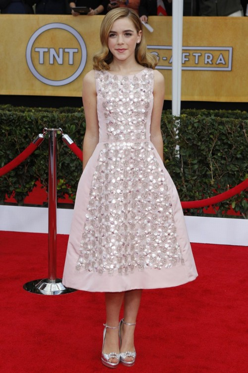 SAG Awards Red Carpet Kiernan Shipka in Oscar de la Renta  Photo by Donato Sardella