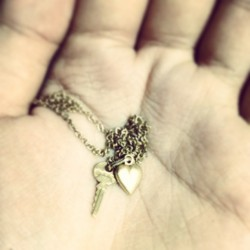 Gold keys for a golden heart. 💝