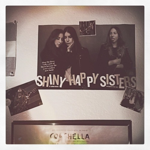 Dearest Haim sisters, thank you for one year of greatness. Those days might have been gone but Days are Gone will always be a part of me. Your musicality, passion, and presence has been a true blessing. Keep on inspiring. #daysaregone #oneyear #haim #music #walldecal #music #retro #indie #daniellehaim #alanahaim #estehaim #art #vintage