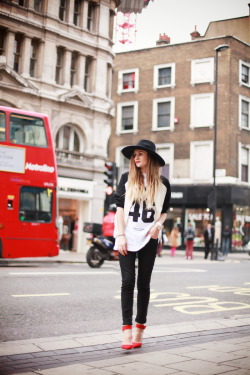 kendaatlarge:  adenorah: oxford street
