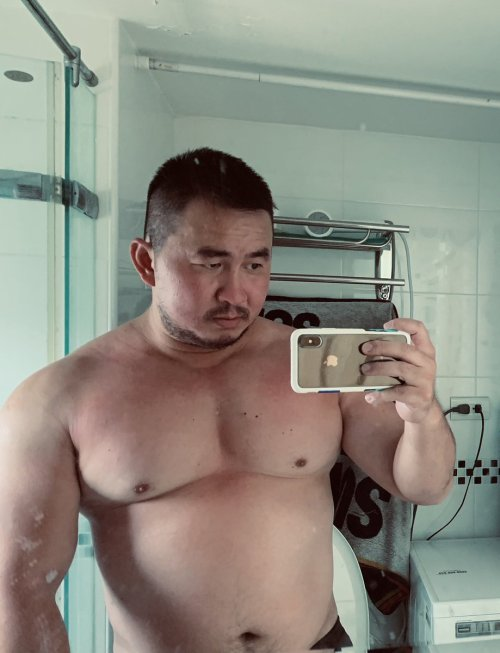 beefymuscle.com #muscle#hunk#asian#chest#pecs#big pecs#beefy#massive#thick #beefymuscle.com