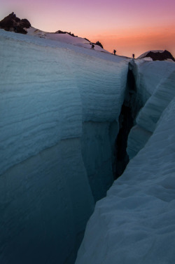 touchdisky:  Mt. Baker's Colman Deming glacier, Washington, USA by Ross Roberts