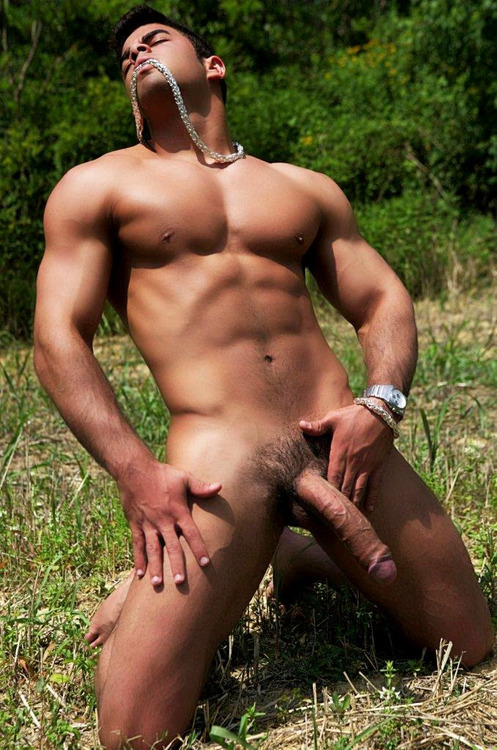 Looking good. #outdoor_boner