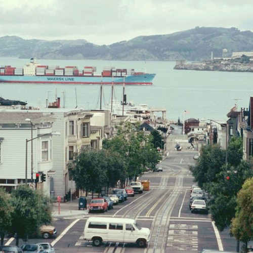 Lars Maersk in the San Francisco Bay in 1984. #maersk #container #ship #vessel #sanfrancisco #alcatraz