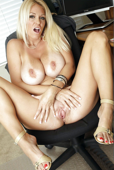 Horny Spreading Mom milf mature pussy stockings cougar nude