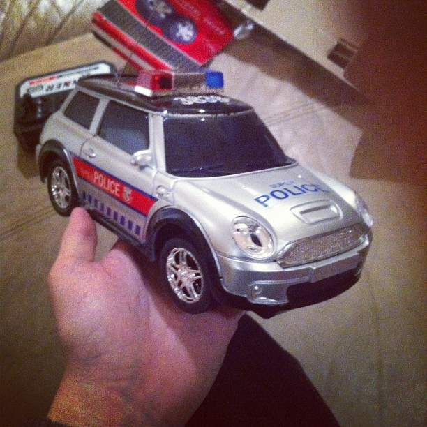 Officer Max on duty. :D my mini police remote control. Awe yeahh. <3