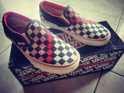 that's my VANS :) try visit my tumblr. thanks :D