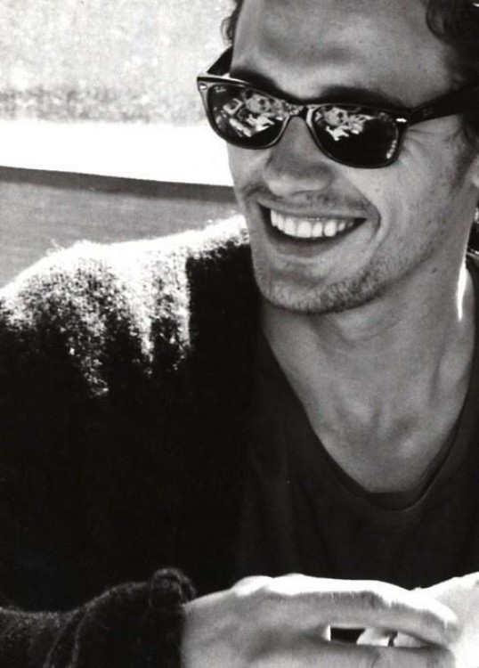volar-e:  james franco bby