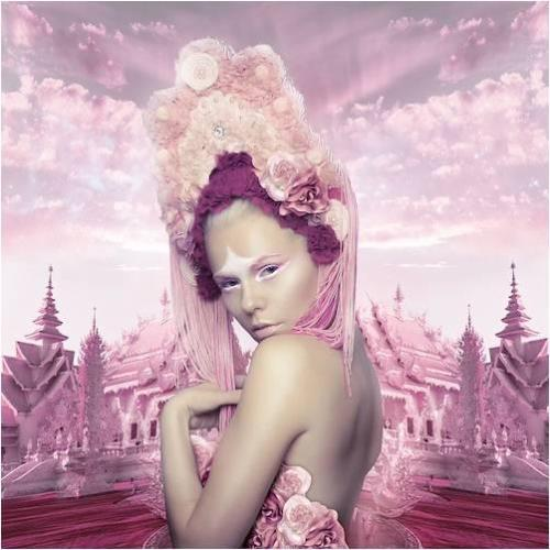 "Do you want to know Kerli's secrets???  Just read her last interview for UTSanDiego: HERE  And don't forget about ""Like"" us on Facebook: HERE"