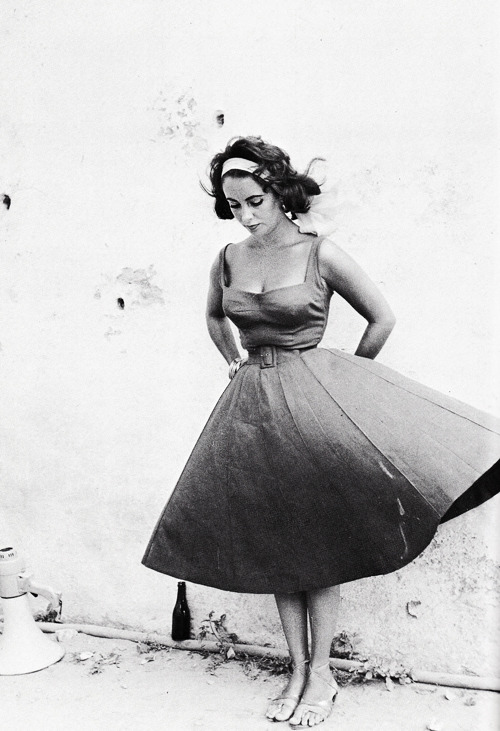 Elizabeth Taylor on the set of Suddenly, Last Summer (1959)